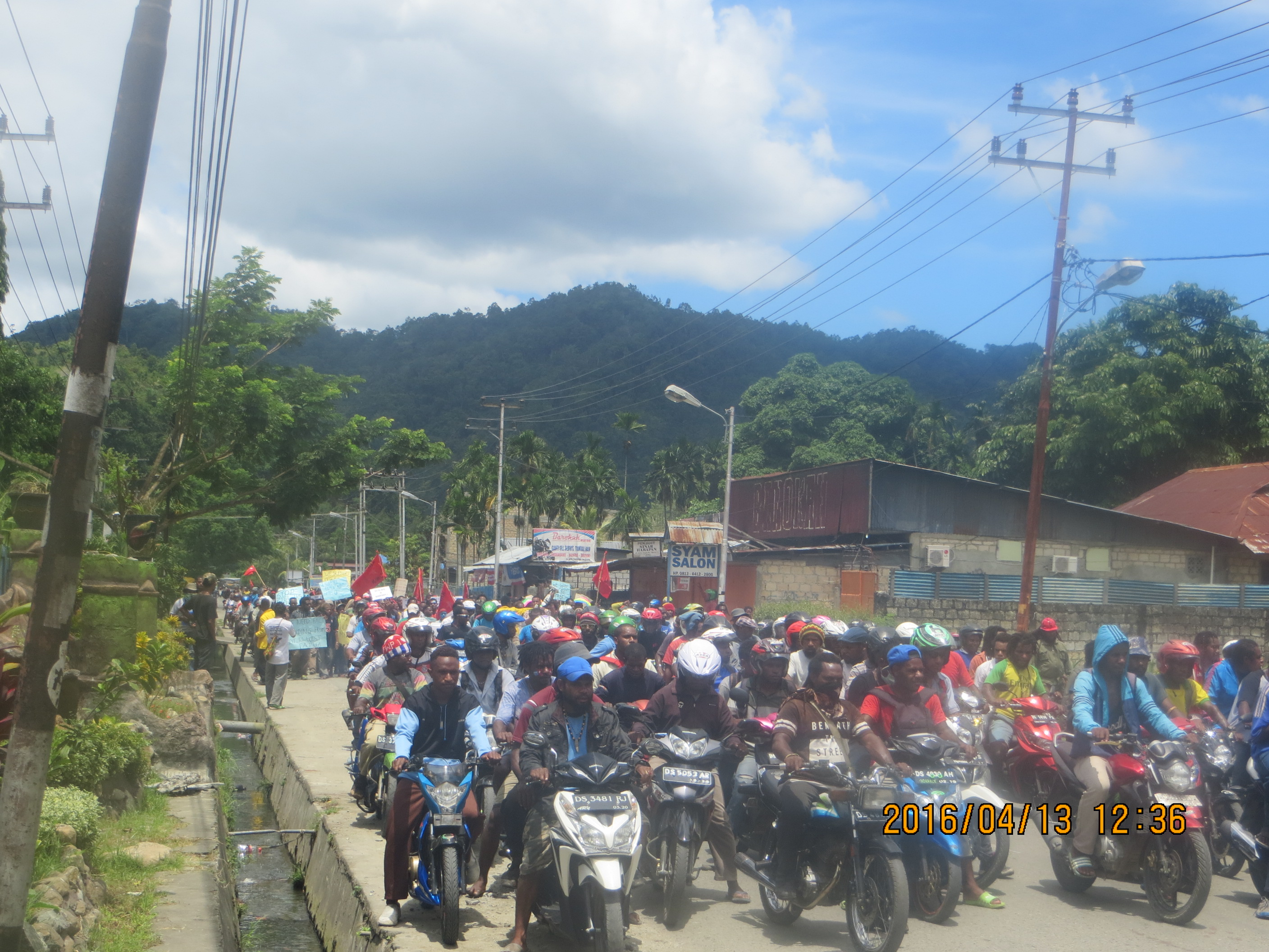 KNPB Mediate People of West Papua to Support IPWP and ULMWP Full Member In MSG